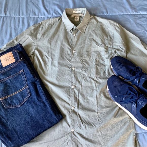 H&M Other - H&M LOGG Olive Green Dress Shirt Regular Fit EUC